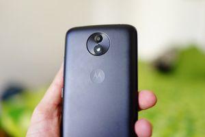 Prise en main du Motorola C Plus : une autonomie...