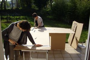 cours de meubles en carton : avril-juin 2011