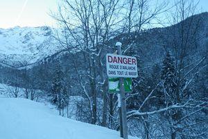 Les skieurs de l'ombre à la Montagne de l'Oule