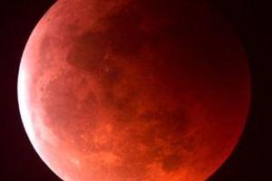 Eclipse de lune mardi 21 décembre 2010 et eclipse de Soleil le 4 janvier 2011 D. Pamphile