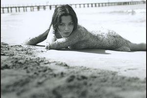 Photos : Sandrine Quétier sexy à la plage !