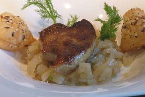 Foie gras poêlé et fenouil confit au miel et à la vanille pour la fête des Mamans