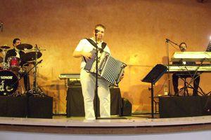 Thé dansant... organié par le Club Lapanouse Détente