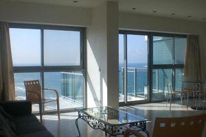 okeanos herzliya marina appartements de vacances de location a herzliya piscine