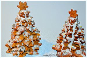 Sapin de Noël en Biscuits Pain d'épices (gingerbread)