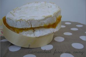 Camembert farci au coing