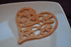 Pancake art (crêpe en dentelle pour la saint Valentin)