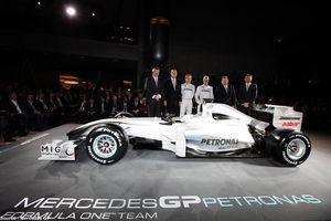 Mercedes : dévoilement de la livrée 2010
