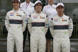 Sauber confirme son trio de pilotes pour 2012