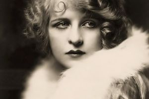 Alfred Cheney Johnston : Photographe des Années 20