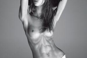 Karlie Kloss : Vogue Italie exhibe sa Maigreur !