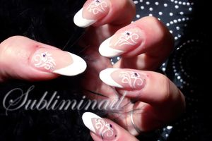 Nail Art French fleurie