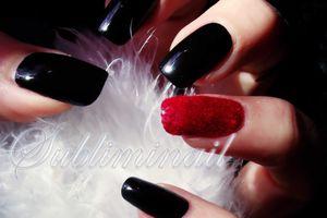 Nail Art Black Velvet
