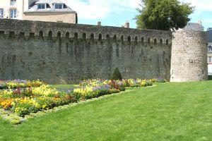 Vannes, remparts et jardins