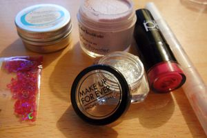 "Comment se faire un ""glitter-lips""?"