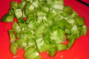 plat de légumes aux tomates vertes et HE basilic