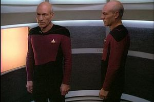 TNG 2x13 Boucle temporelle (Time Squared)