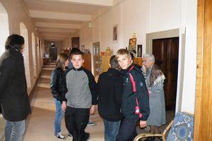 Les élèves de l'aumônerie 4e déjeunent chez les Ursulines