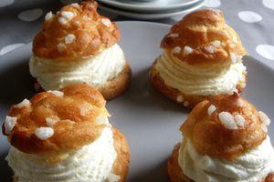Choux à la crème chantilly vanille