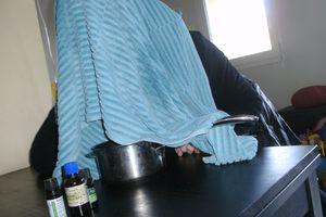 inhalation spéciale aux huiles essentielles pour sinus bouchés (rhume)