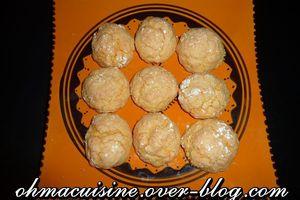 Ghoriba à la noix de coco et semoule