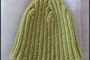 un petit bonnet et des mouffles