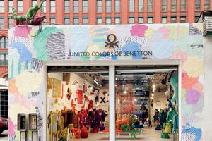 Petite perle : le pop up store Benetton à NY Soho .