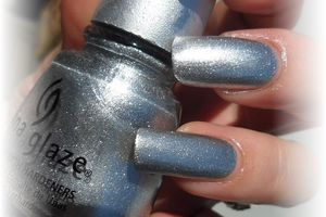 "vernis china glaze "" cheers to you"