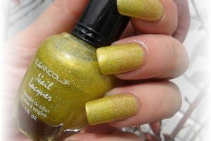 vernis kleancolor yellow holo , stick and nails