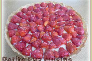 Pour se rafraichir un peu en été .... une Tarte aux fraises