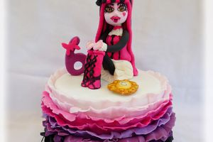 Gâteau Monster high baroque