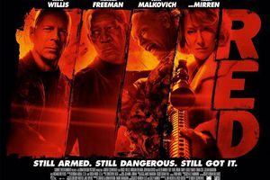 Bruce Willis, RED (BANDE ANNONCE VO 2010) avec Mary-Louise Parker, Helen Mirren, Morgan Freeman, John Malkovich
