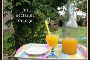 Jus d'orange et nectarine