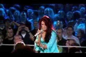 Joss Stone live : Son of a preacher man, et right to be wrong