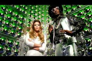 Snoop Dogg feat Bootsy Collins - Undacova Funk (Give Up The Funk) (BOF CLIP : Undercover Brother)