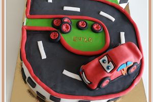 Gâteau d'anniversaire : Cars  -  Flash Mc queen
