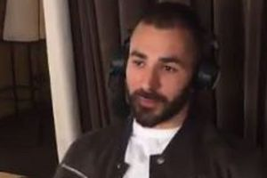 "Benzema aimerait ""une discussion"" avec Deschamps"