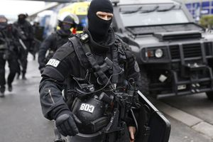Attaque d'Orly: deux complices présumés de Ziyed Ben Belgacem devraient être mis en examen