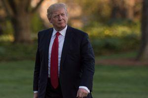 """Donald Trump menace la Corée du Nord et se dit prêt à """"résoudre le problème"""" sans la Chine"""