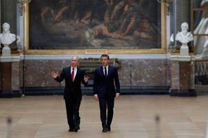 Macron - Poutine, duel de références historiques...