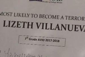 """Un prof a osé remettre un diplôme de """"celle qui a le plus de chance de devenir terroriste"""" à une élève"""
