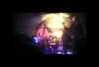Havana Blou - Rock aliaka I like it live Le Klub