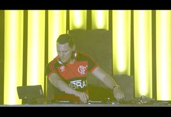 [OFFICIAL] EDC Curated: Tiesto Highlights at EDC Las Vegas 2014 - powered by 7UP