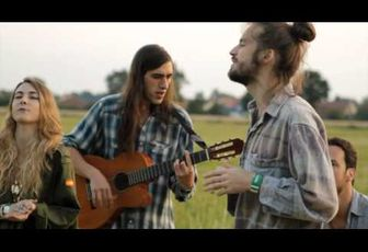 Crystal Fighters - Follow  (Live acoustique)