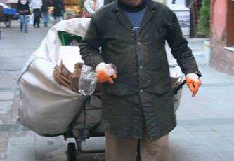 La récupération des déchets dans les rues d'Istanbul...