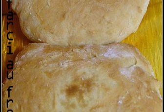 Naans fourrés au fromage
