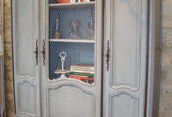 Meuble patiné - M12 - Vitrine Louis XV