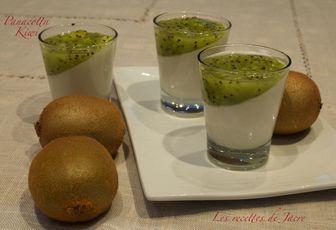 panacotta à la crème de coco et kiwis