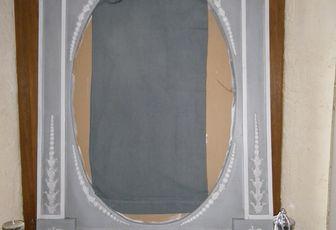 Grand miroir à trumeau en cours à l'atelier