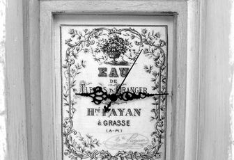 Boîte à clés horloge romantique